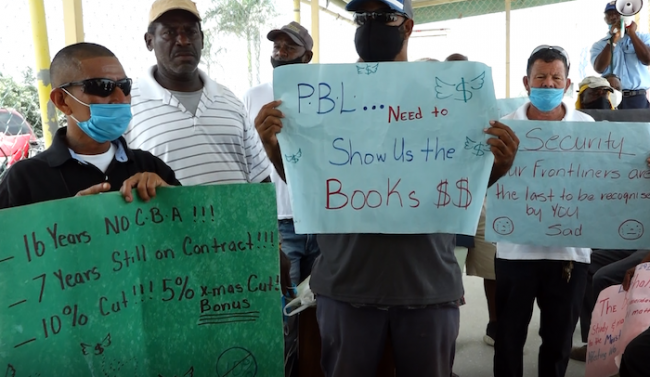 Stevedores and PBL staff peacefully protest management on July 16, 2020. (Edson Dubon)