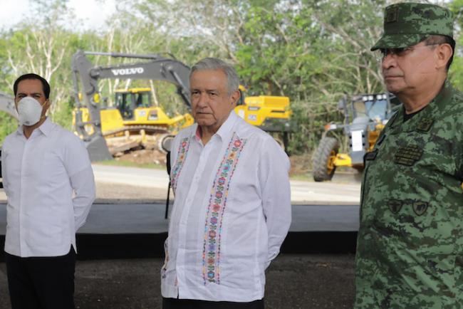 Presidente Andrés Manuel López Obrador supervisa en Yucatán tramo 4 del Tren Maya en octubre del 2020. (Presidencia de México)