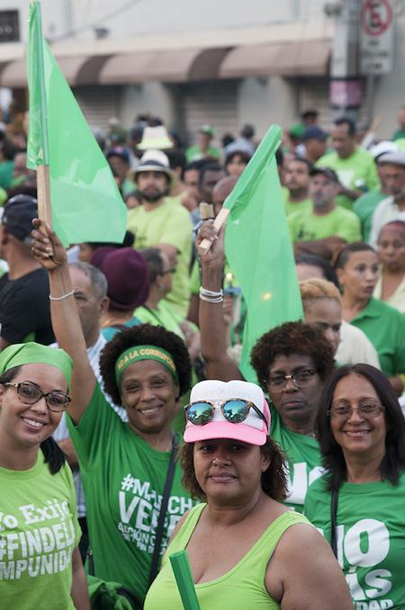 Women at a massive Green March rally at Parque Independencia (Independence Park) in Santo Domingo, capital of the Dominican Republic on March 19th, 2017. (Lorena Espinoza Peña)