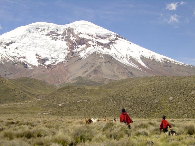 Chimborazo mountain, covered in glaciers (Jarikir / Creative Commons)
