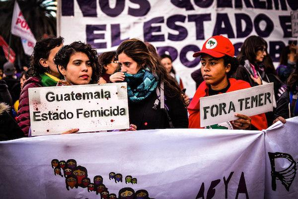 Protestors from the #NiUnaMenos movement in downtown Buenos Aires on June 3, 2017. (Tiki Nicola/Wikimedia Commons)