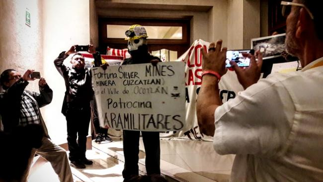 Protest against Fortuna Silver Mines (Photo by Emmanuel Ruiz Rojo)