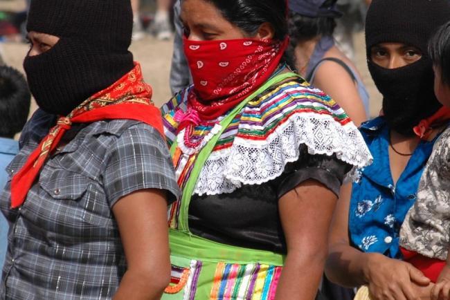Mujeres zapatistas participan en un encuentro en La Garrucha, en territorio zapatista, en diciembre del 2007. (Shannon / Flickr / CC BY-NC-ND 2.0)