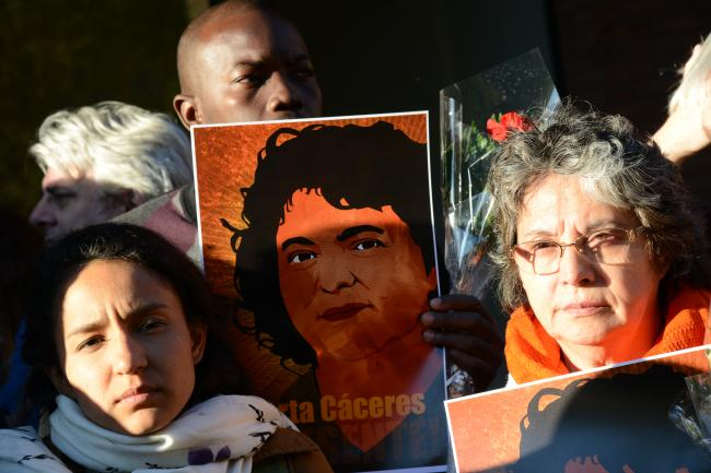 A vigil for Berta Cáceres at the Organization of American States on April 5, 2016. Berta's daughter, Bertha Zúñiga Cáceres, is on the left. (Daniel Cima/Flickr).