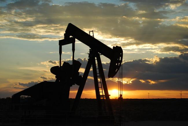 Oil Pump Jack in West Texas (Photo by Paul Lowry/Flickr)