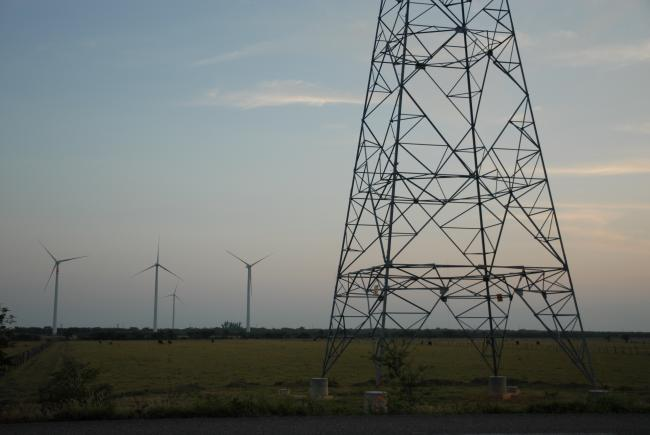 Wind turbines in Juchitán de Zaragoza, Oaxaca. (Emilio Labrador/Flickr)