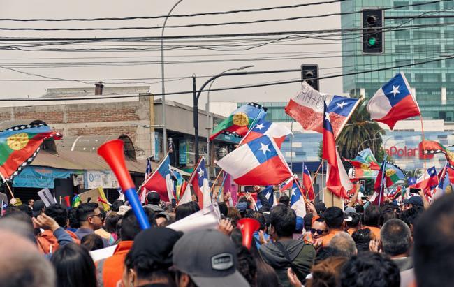 A march in San Antonio, Chile, in November 2019. (Vivian Morales C. / Flickr)