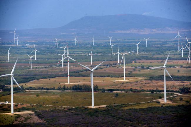 Wind turbines seen in the Istmo de Tehuantepec in Asunción Ixtaltepec, Oaxaca. (Presidencia de la República Mexicana)