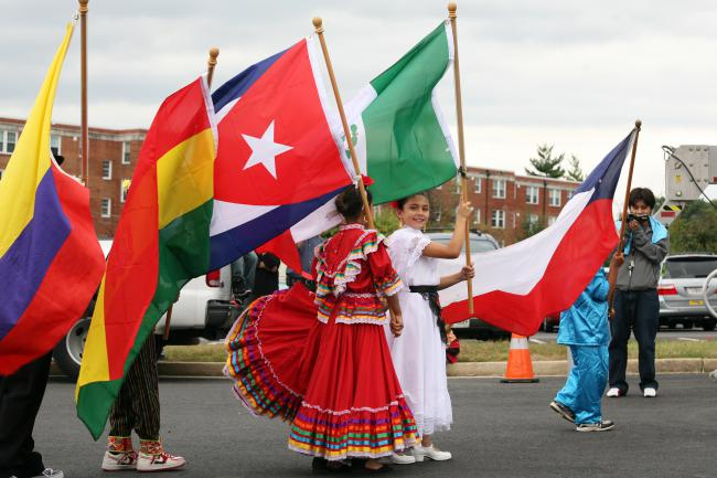 Children's Parade of Latin American Flags (Cliff / Creative Commons)