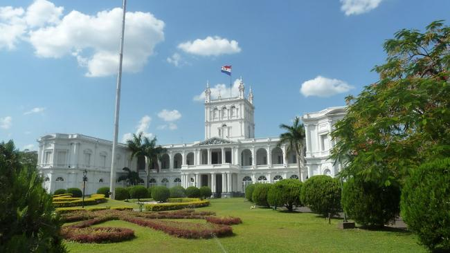 Palacio de los López in Asunción, Paraguay (Photo by Christian Van Der Henst S./Flickr)