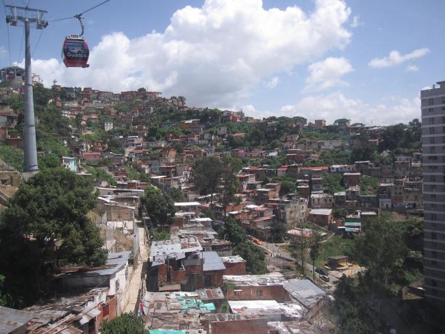 Hilltop barrios in Caracas, Venezuela (Stefan Krasowki/ Flickr)