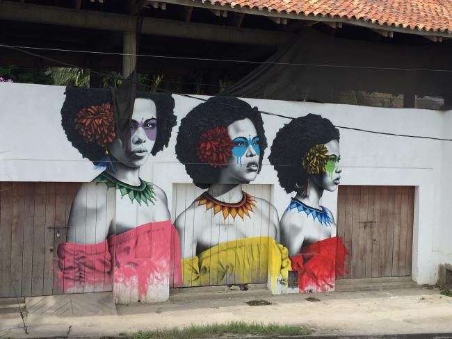 """Las Tres Guerreras"" (Three Warriors) mural en Cartagena (photo de Julia Zulver)."