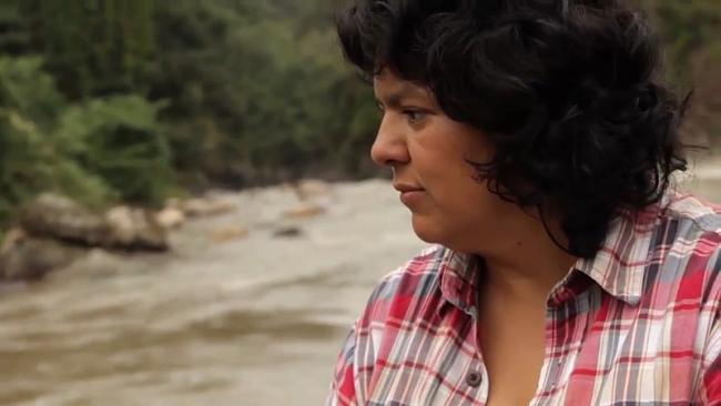 Berta Cáceres, a Lenca leader murdered in 2016 in Honduras (UN Environment/Wikimedia)..
