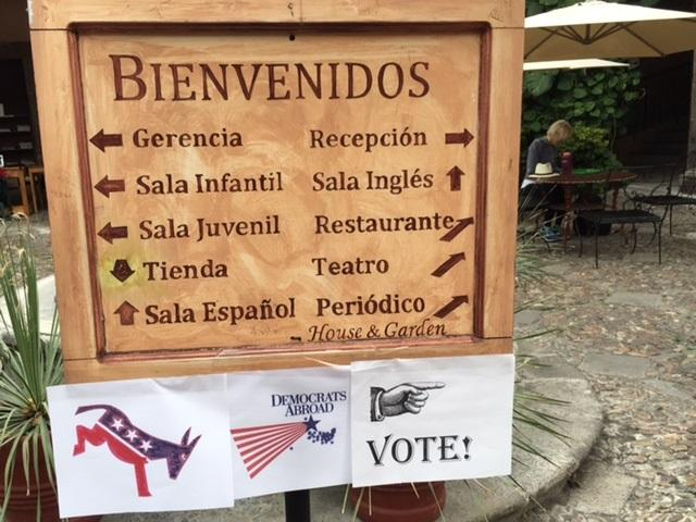 Entrance to the Biblioteca Pública in San Miguel de Allende, Mexico welcoming Democrats Abroad arriving on Super Tuesday to vote in the 2016 U.S. Presidential Primary (Photo by Sheila Croucher)