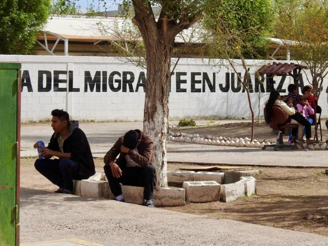 Migrants wait at the Casa de Migrante Juárez in March 2019 (Photo by Molly Molloy)