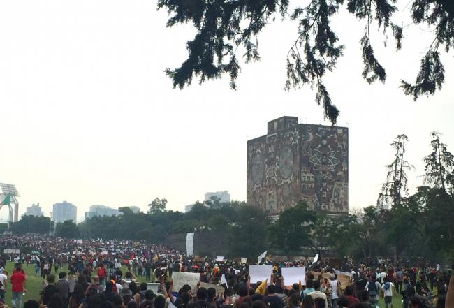 UNAM students march on Sept. 5 (Photo by Hilary Goodfriend)