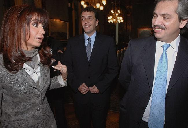 Kirchner and Alberto Fernández in 2008 (Photo by Asumió Sergio Massa/Wikimedia)