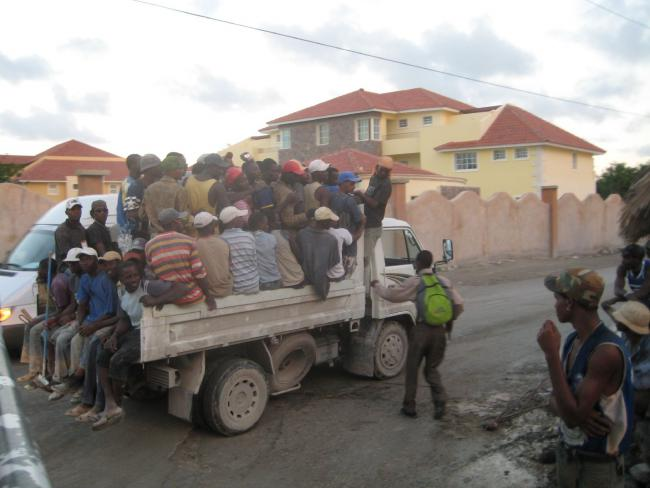 Haitian workers are transported to the Dominican Republic. (CC BY 2.0)