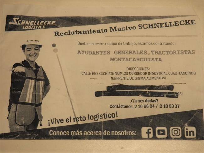 A recruiting flyer from Schnellecke Logistics, seeking workers in Puebla for the auto sector. (Alejandra González Jiménez)