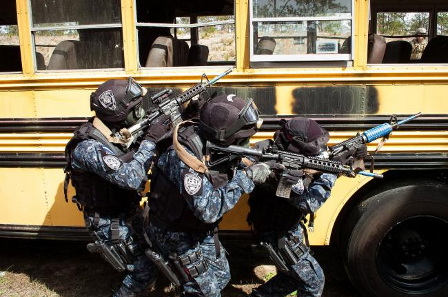 Members of the Honduran military police during a U.S.-led training exercise in 2015 (Capt. Thomas Cieslak/Flickr)