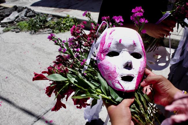 Papier-mâché masks and flowers from the Invisibles Somos Visibles performance in Colonia Ostor, Ecatepec (Photo by Nidia Bautista).
