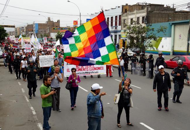 Protestors at Lima IMF meetings (Michael S. Wilson)
