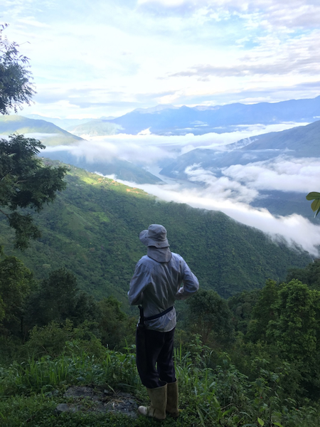 A man overlooks the Cauca river valley in Briceño (Photo by Alex Diamond)