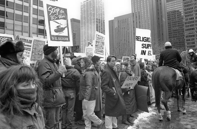 Protesters in Chicago rally against U.S. involvement in the Salvadoran Civil War in 1989 (Creative Commons/Linda Hess Miller)