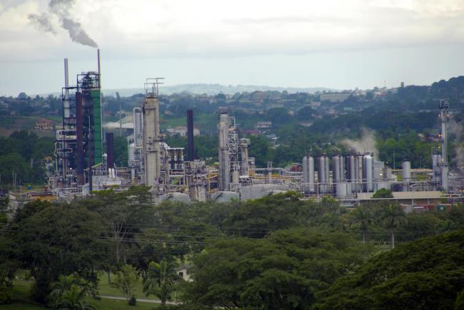 Oil refinery at Pointe-a-Pierre Trinidad (Wikipedia Commons)