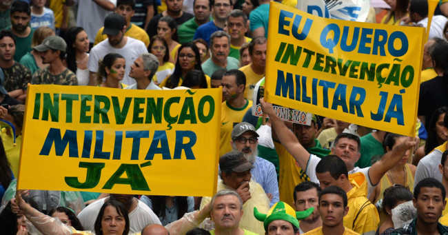 Figure 1: Protesters in São Paulo Plead for a Military Coup, March 15, 2015 (Source: Nelson Almeida / AFP)