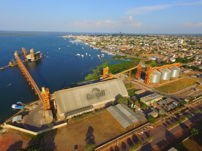 A Cargill facility in Santarém, Brazil. (Marcos Colón)