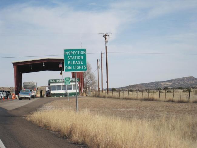 A border patrol checkpoint in Alpine, Texas (Flickr/ Shashi Bellamkonda)