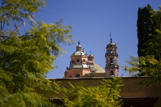 San Miguel de Allende's Biblioteca Pública, where U.S. citizens voted in the democratic primary on Tuesday (Lin Mei/Flickr)
