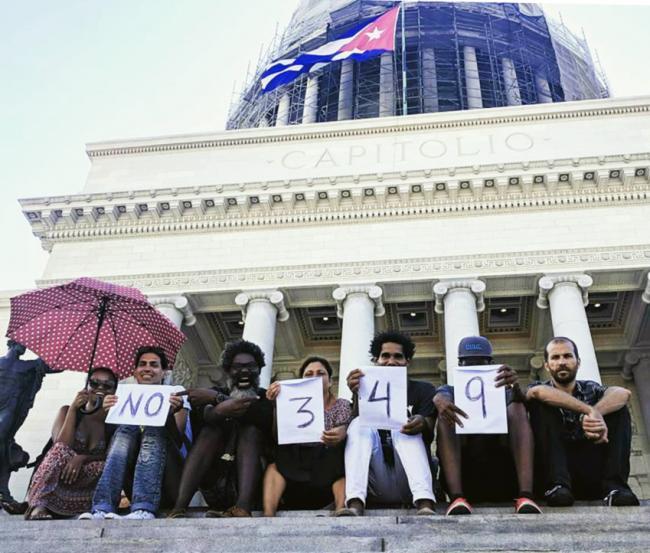 Decree 349 protests in Havana. Photo by Coco Fusco.