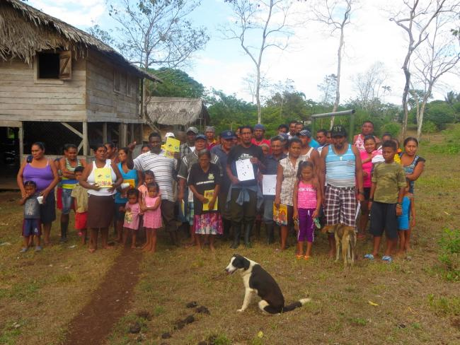 May 11, 2016: Rama from Bangkukuk Taik hold a declaration signed by community members denouncing the Nicaraguan state's failure to gain free, prior, and informed consent for the canal development project (Courtesy of Onda Local / Fundación Popolna)