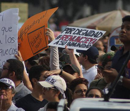 A protest in Guatemala on April 25 (Surizar / Creative Commons).