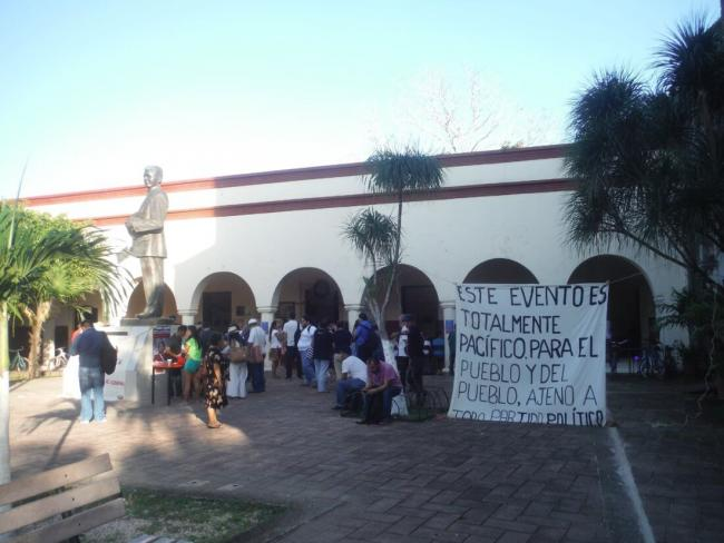 """This event is totally peaceful, for the people and by the people, unrelated to any political party."" Meeting of the Indigenous Council of Government in Chan Santa Cruz Cultural Center, Felipe Carrillo Puerto, Quintana Roo Mexico (Photo  Angélica Almazán)"