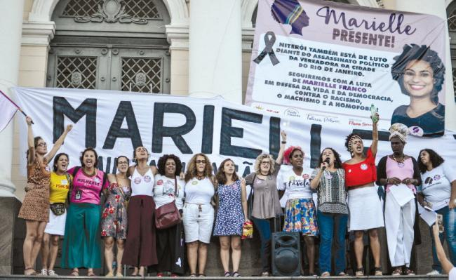 An action for Marielle Franco during a march on the International Day for the Combat of Racial Discrimination in Niterói, Rio de Janeiro (Marianna Cartaxo/Mídia Ninja).