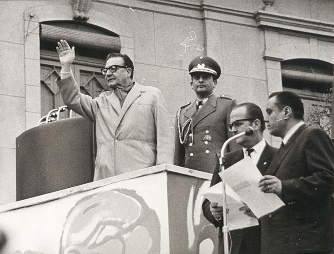 President Salvador Allende in Rancagua, Chile in 1971. (Biblioteca del Congreso Nacional Chile, Wikimedia Commons)