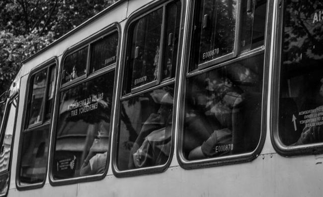 In the search for other victims, we spent several hours waiting for transportation due to the collapse of the public transportation system. June 2018. (Photo by Francisco Sánchez).
