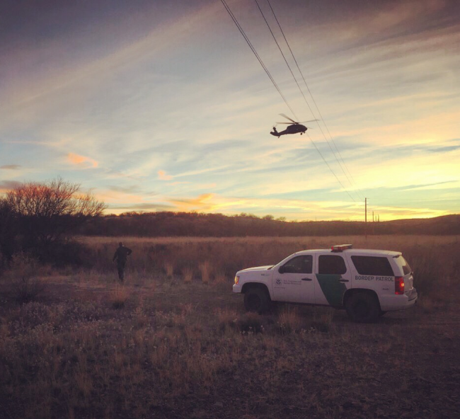 Border Patrol helicopter and ground operations in the Sonoran desert of southern Arizona, outside Arivaca. (Sophie Smith)