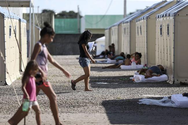 Refugiados venezolanos en Boa Vista, Brasil. 21 de Agosto 2018. (Agência Brasil, Marcelo Camargo/ Wikimedia Commons)