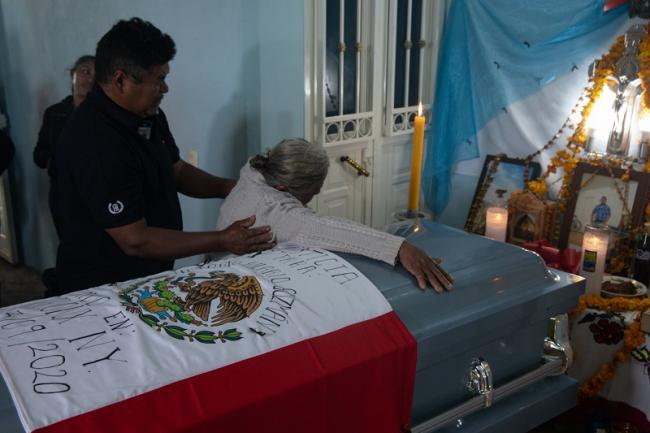 Victorio Guzmán is mourned in his hometown in Guerrero, Mexico. (Lenin Mosso)